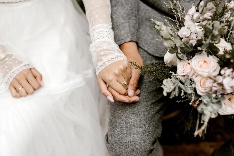 foto wedding bandung merupakan konsultan pernikahan, pra nikah dan keluarga