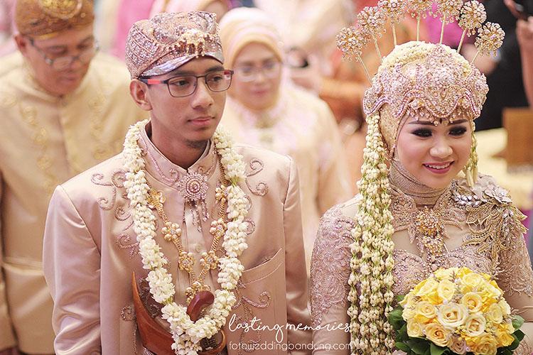 kecakapan materi menjadi salah satu hal yang penting dipersiapkan menjelang pernikahan